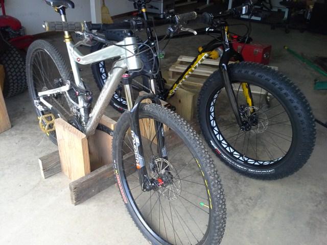 DIY bikestand for fatbike-20140601_153908.jpg