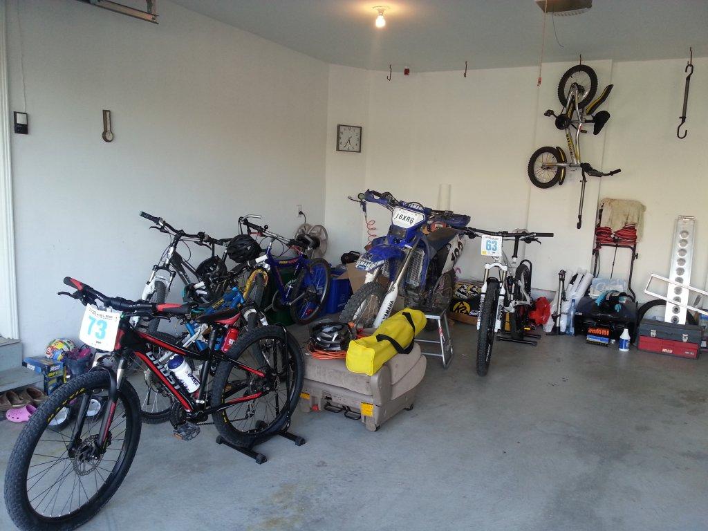 What's in your garage besides bikes?-20140606_174404.jpg