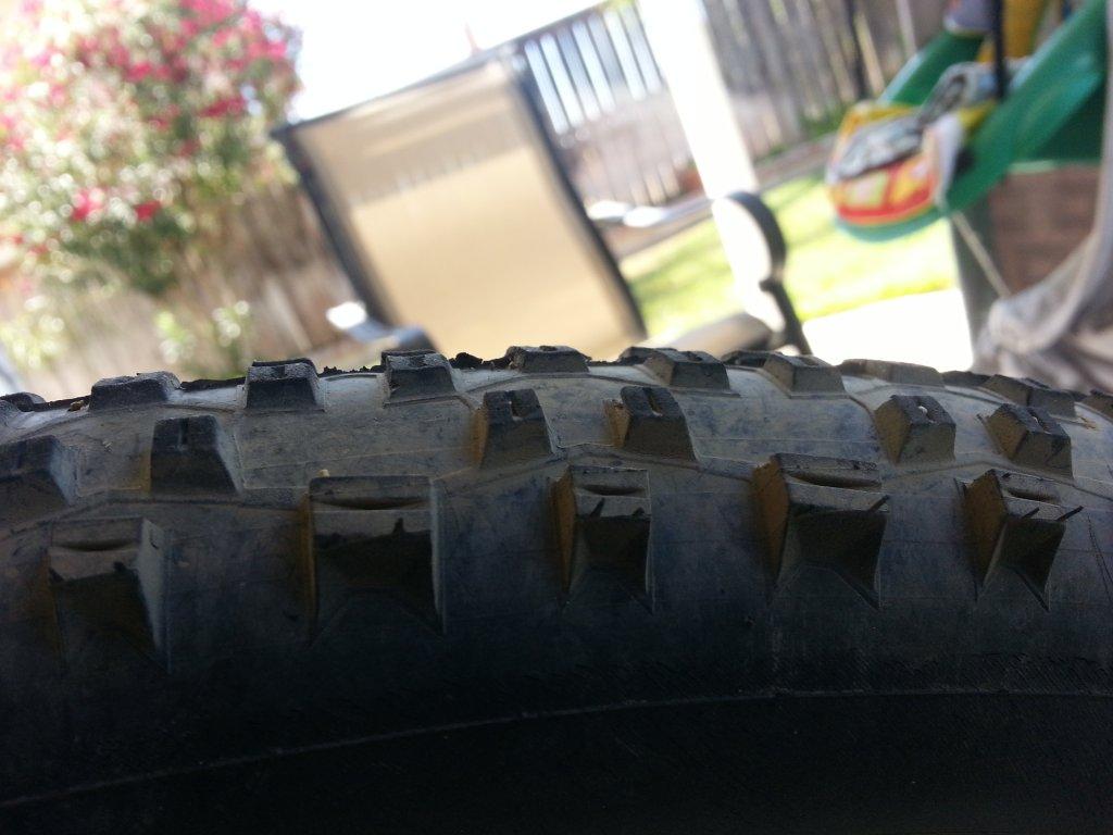 Tires Depth Thread-20140713_104838.jpg