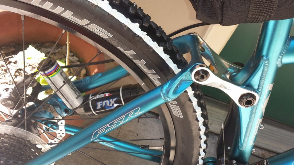 05 Specialized Epic Comp rear brain shock question. Please help out a newbie!-20140724_131159-1.jpg