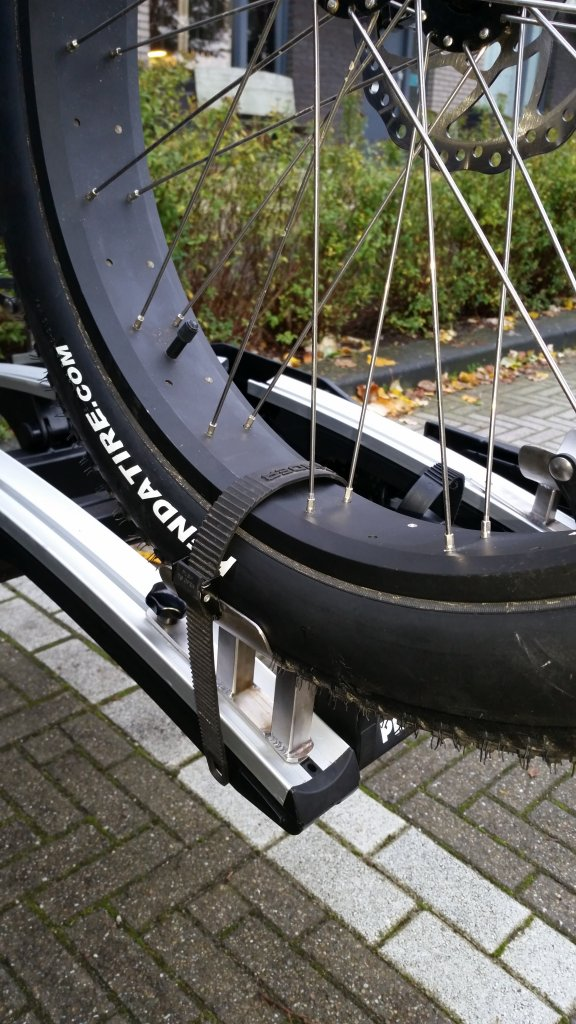 """DIY Fat bike rack tray/straps for 5"""" tires - write-up with photos-20141023_095304.jpg"""
