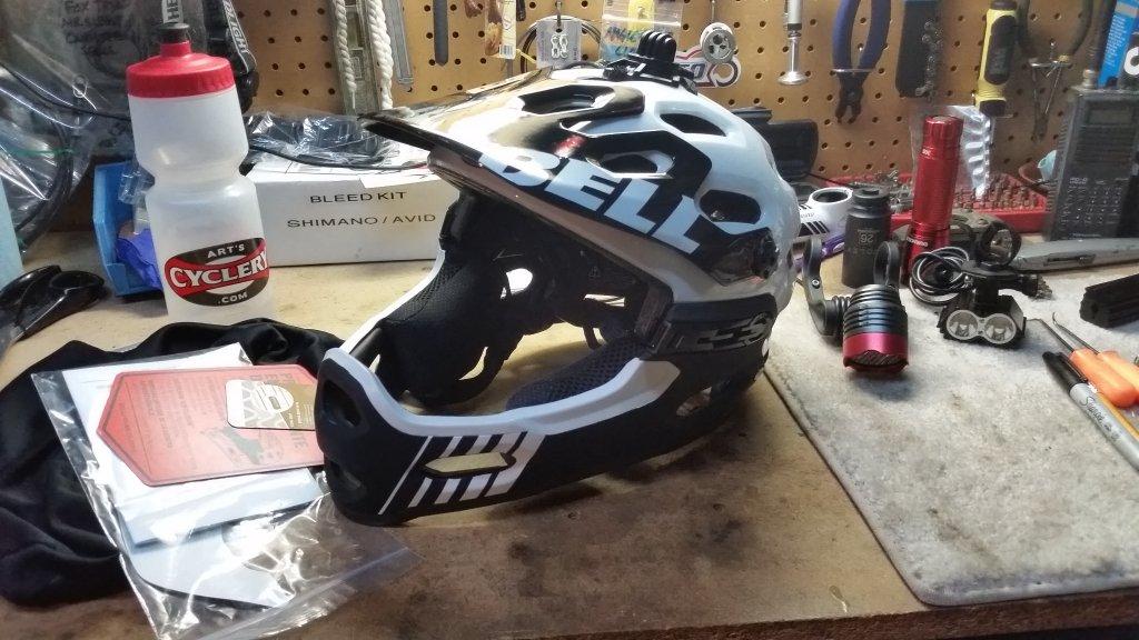 Bell super 2R helmet, where?-20141120_185913.jpg