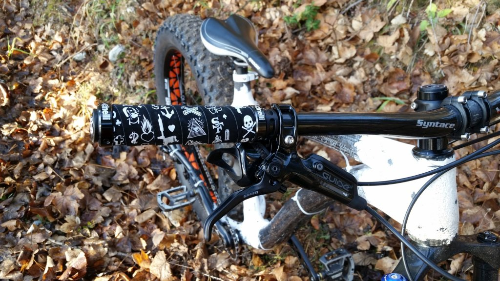 Making of a carbon fiber composite fatbike frame-2015-12-19-10.58.09_compressed.jpg