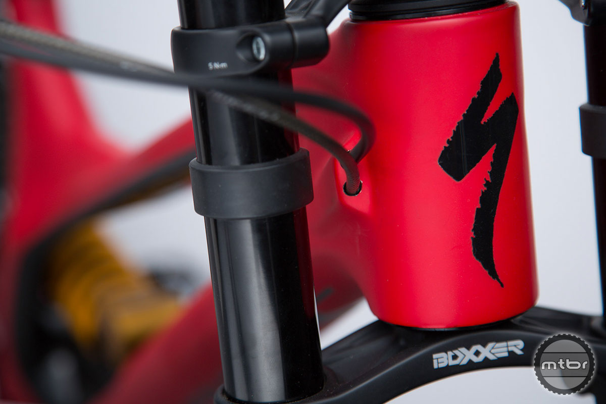 2015 Specialized Demo 650b Headtube