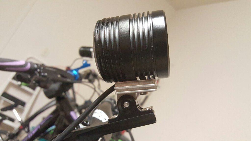 GoPro light adapter with fins for additional heatsinking-20150813_195235_resized.jpg