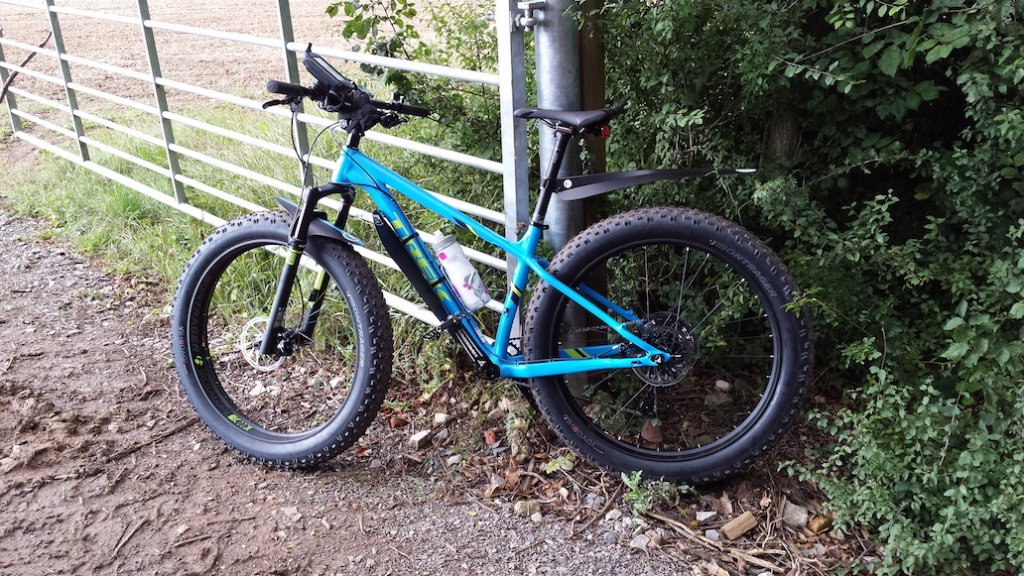 2016 Trek Farley 5, 7, 9, 9.6, and 9.8 Fat Bikes-20150901_163909a.jpg