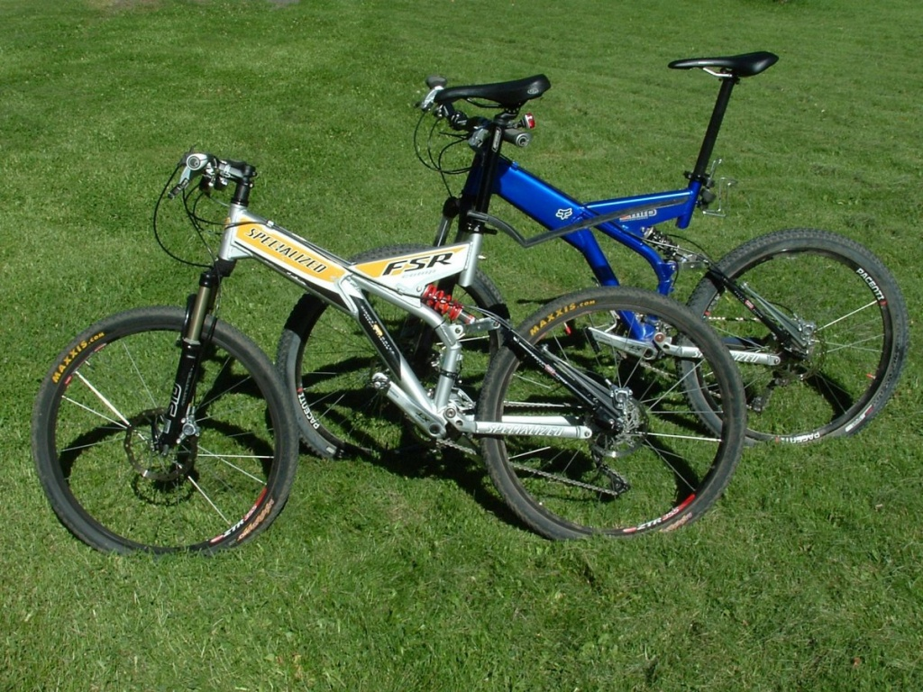 fc27eb97680 My 1998 and 1999 Specialized Ground Control FSR bikes-20160822-1-.jpg