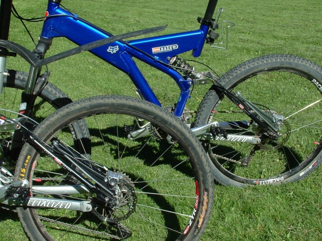 ebc74575daf My 1998 and 1999 Specialized Ground Control FSR bikes-20160822-3-.jpg