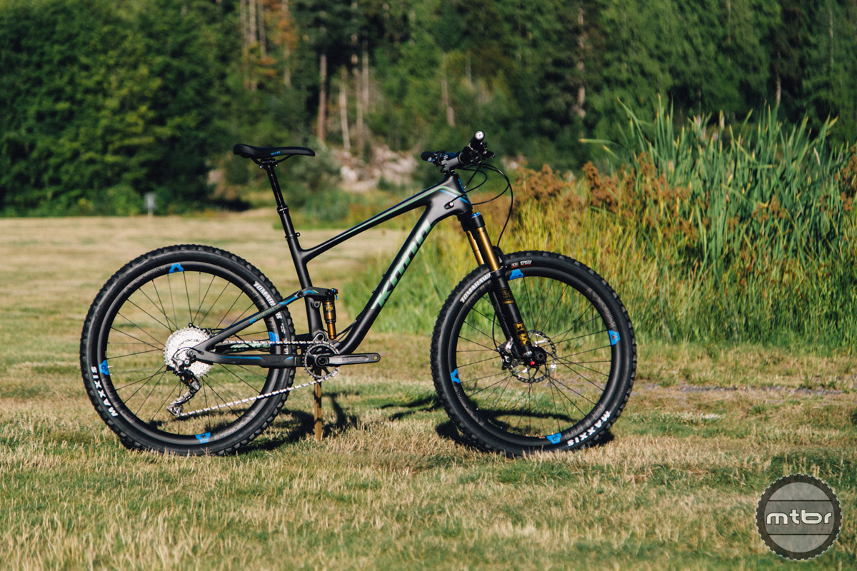 "The Kona Hei Hei is a 140mm travel 27.5"" trail bike with an XC pedigree."