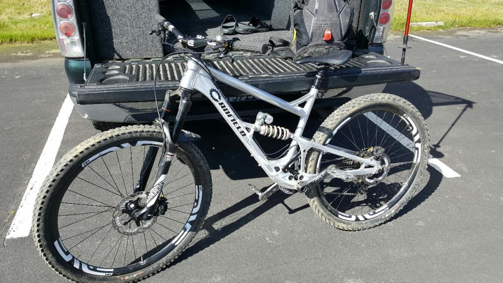 2015 Canfield Brothers Riot 29er FS-20170226_132118_resized_1.jpg