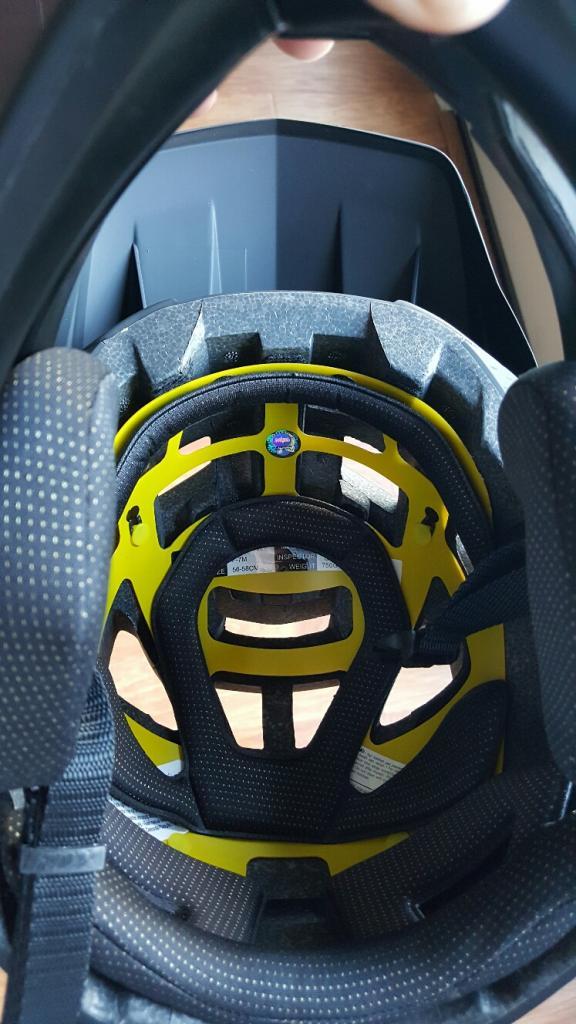 New Fox Proframe Enduro MTB Helmet-20170308_171239_resized.jpg