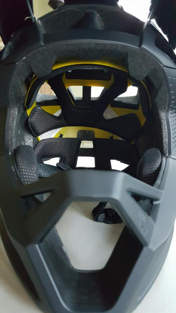 New Fox Proframe Enduro MTB Helmet-20170308_171300_resized.jpg