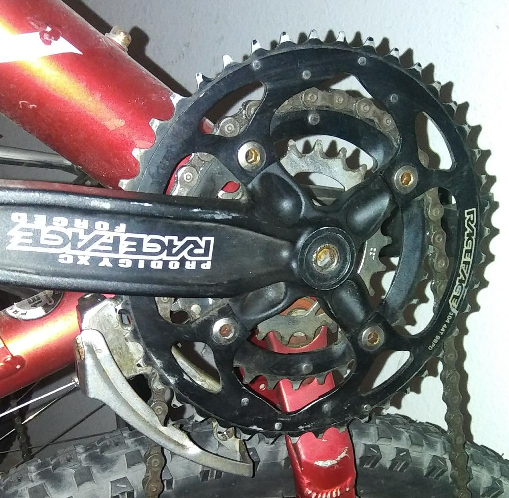 Something broke in the rear hub-20170520_080852-1.jpg