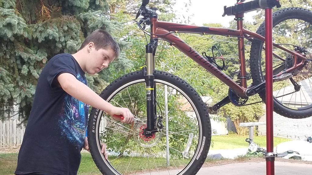 Bike Work Stands-20170914_174212-large-.jpg