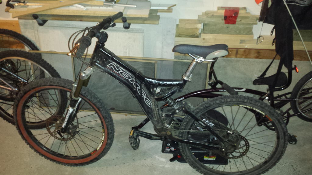 Can anyone determine approx. year and model of this bike?-20171022_190326.jpg