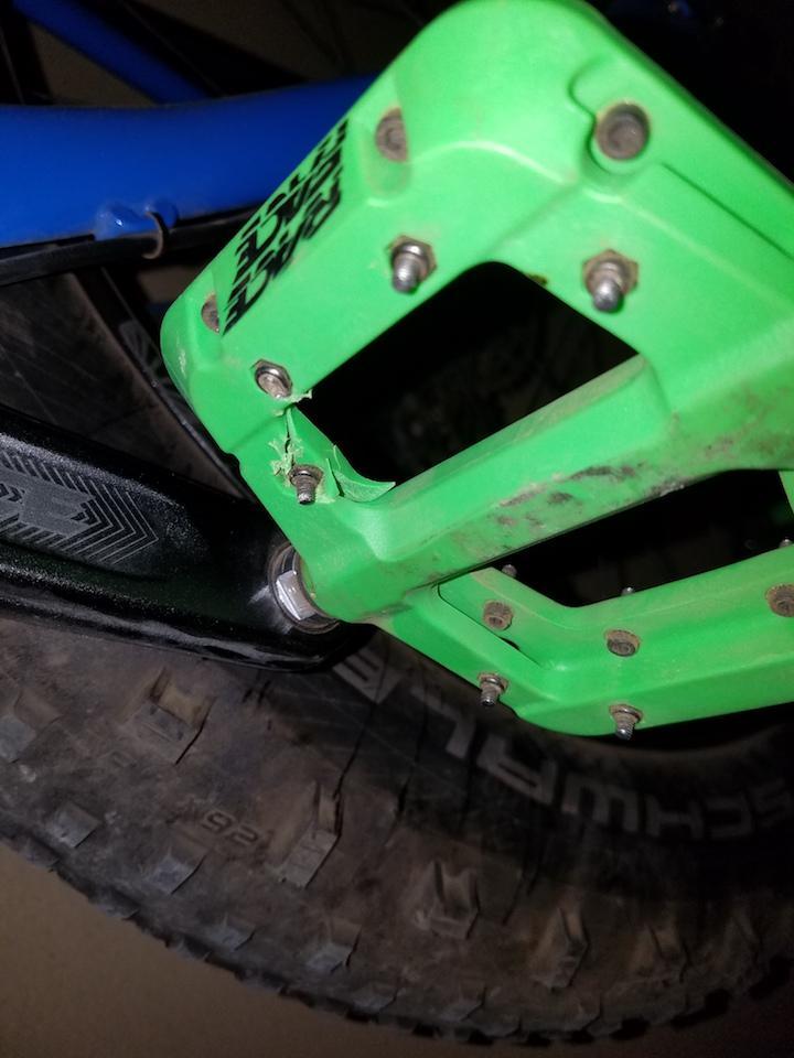 Race Face Chester Nylon Composite Pedals-20171024_202345.jpg