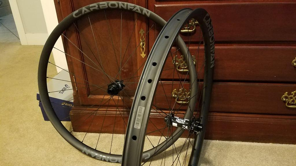 Budget Carbon Wheelset - Carbonfan Asymmetric Initial Thoughts-20180104_170048-1-.jpg