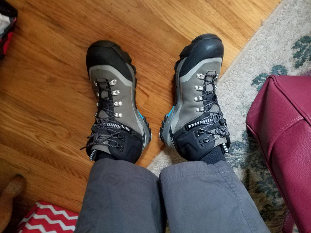 new clipless shoes for hike-a-bike-20180310_114554%5B1%5D.jpg