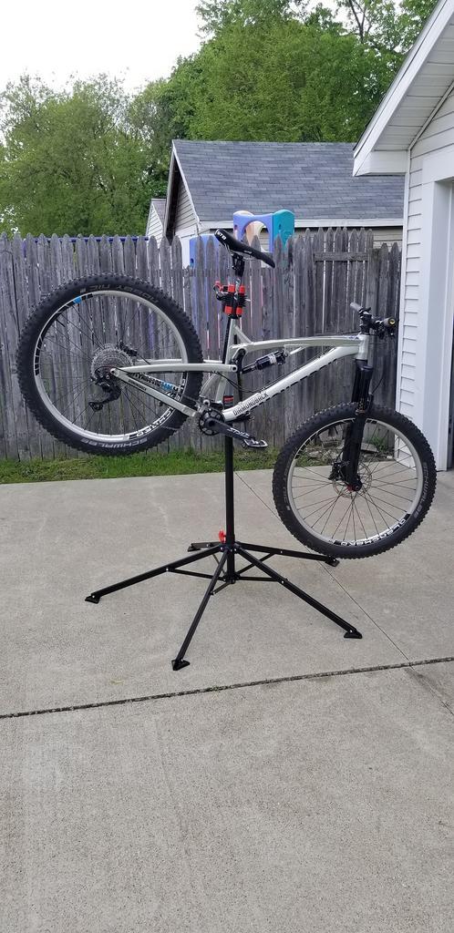 bike work stand page 2 electric bike forum q a help. Black Bedroom Furniture Sets. Home Design Ideas