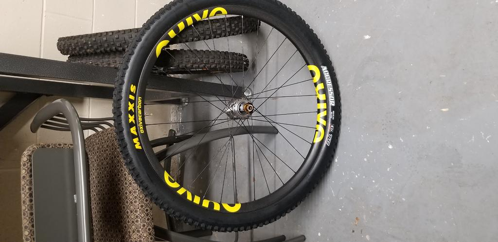 Oxive Carbon Rims and Wheels-20180701_193121.jpg
