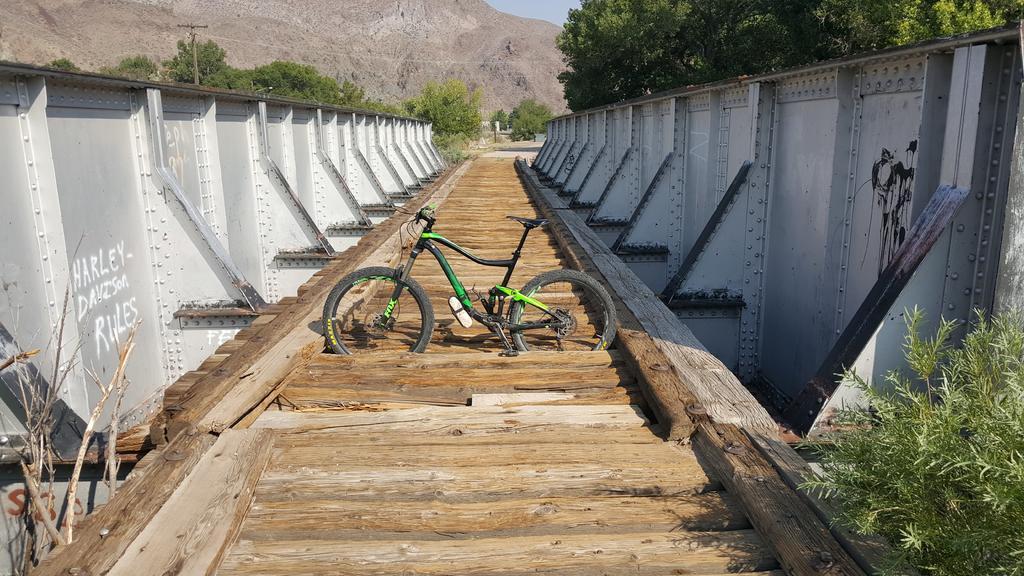 bike +  bridge pics-20180819_092211.jpg