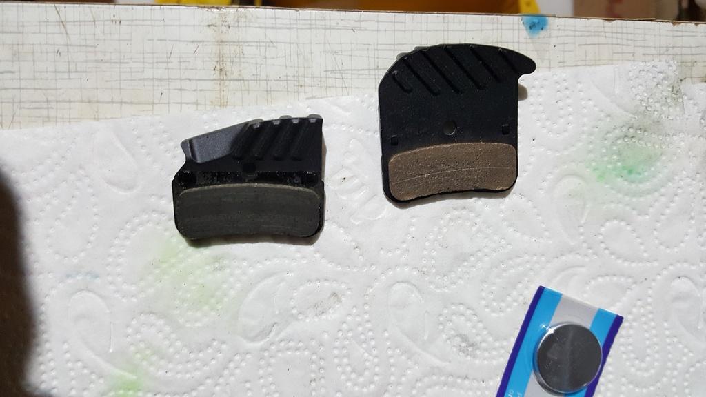 shimano BR-M8120 vs BR-M8020 shimanos new 4 piston brake set-20181206_210725.jpg