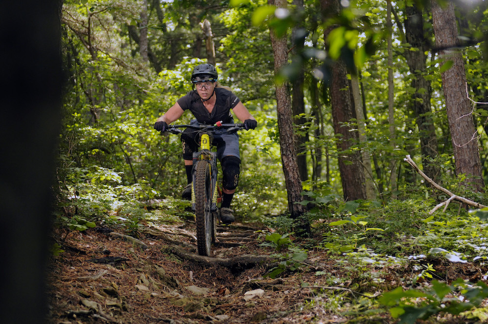 MASSANUTTEN RESORT: Beyond the Bike Park-2019-massanutten-western-slope-hoo-ha-enduro-rider-lindsay-carpenter-pc-ian-mcalexander-1000w.jpg