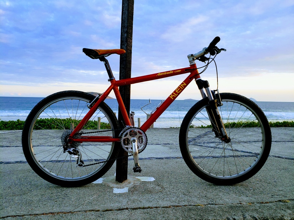 Are you still running a 26 frame with rim brakes ?-20190709_171336-effects.jpg
