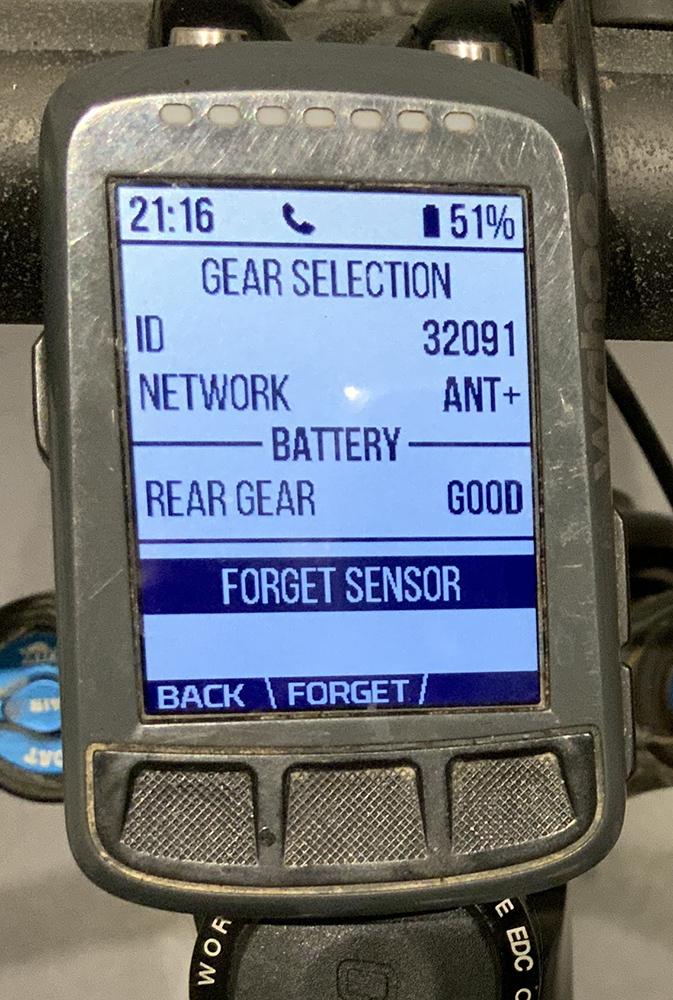 New Oiz-2020-orbea-oiz-axs-shifter-wahoo-battery.jpg