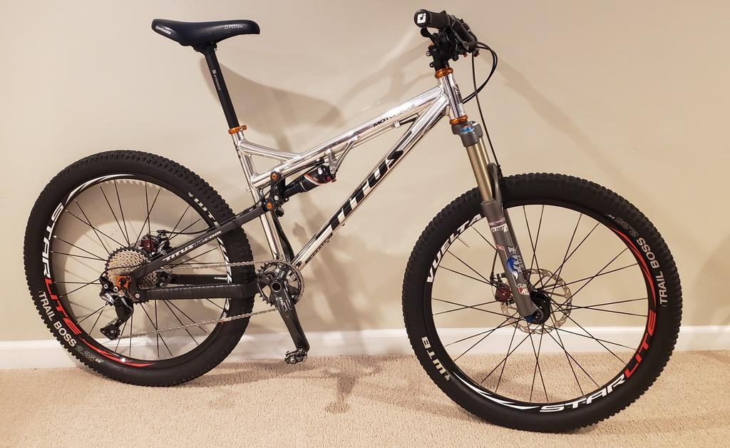 Titus Bike Pr0n-20200120_161256.jpg