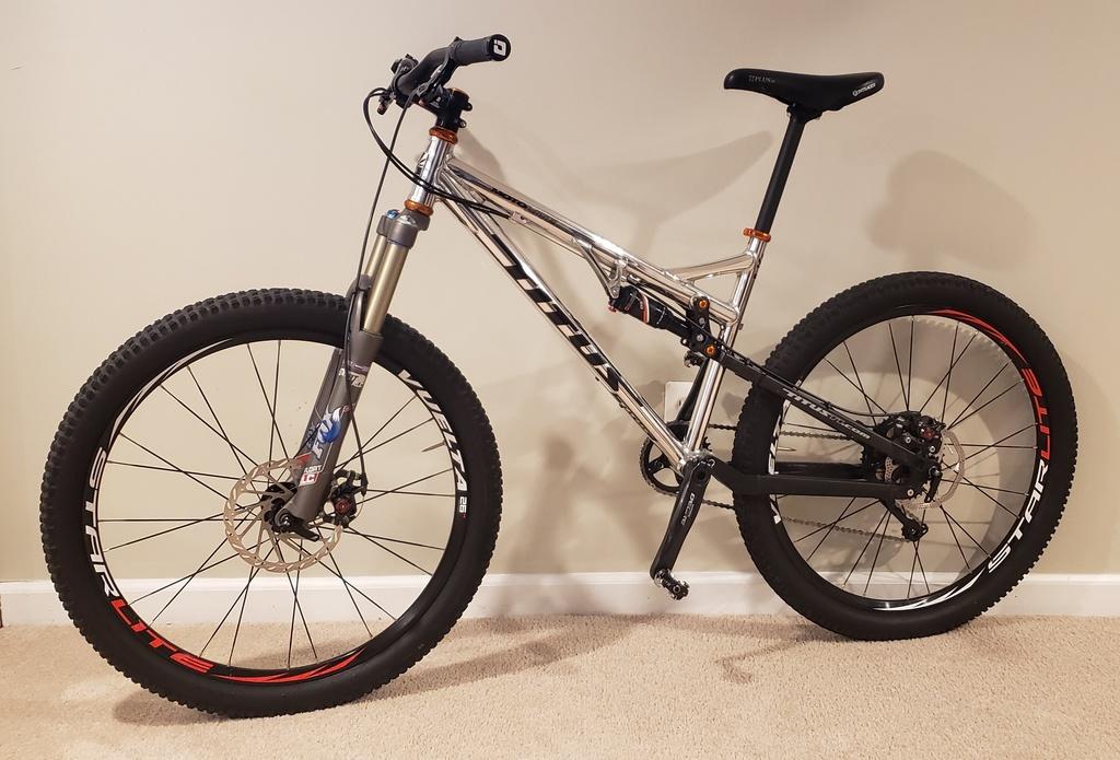 Titus Bike Pr0n-20200120_161708.jpg
