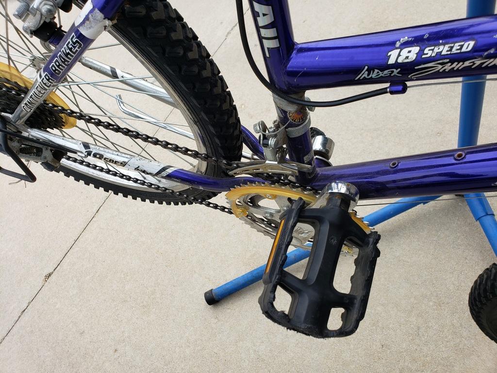 "got a free big box store 24"" bike - worth using or should i just dump it?-20200322_163815.jpg"