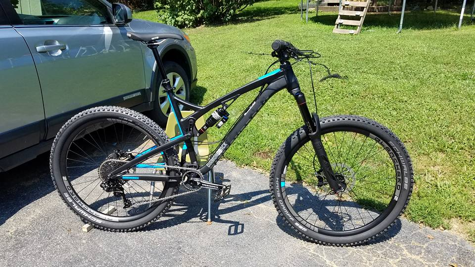 Post Pictures of your 27.5/ 650B Bike-20952970_10155601594919291_6236134128165319777_n.jpg