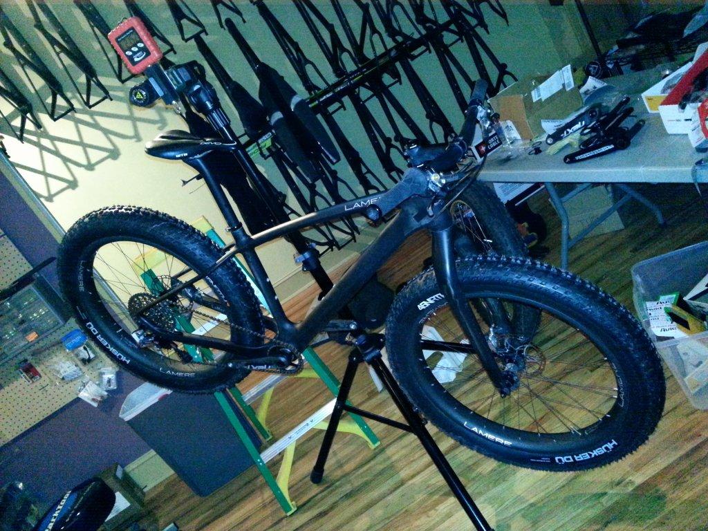 Lightest Fatbike-21.52lbs-complete-fatbike-tubeless-w-fluid.jpg