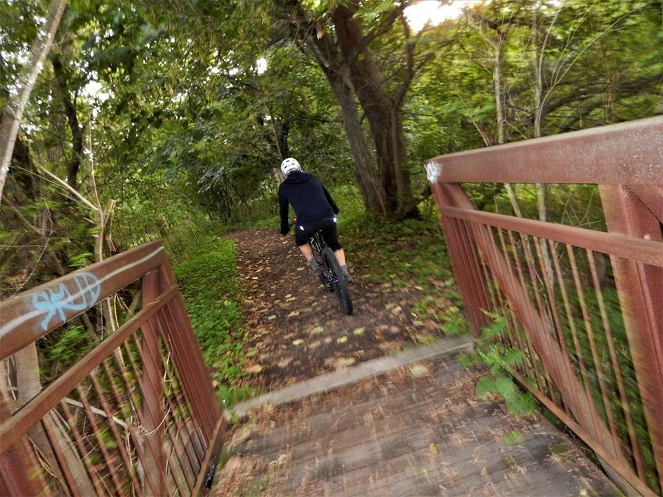 bike +  bridge pics-21231214_1981353382109103_7767374024811001099_n.jpg