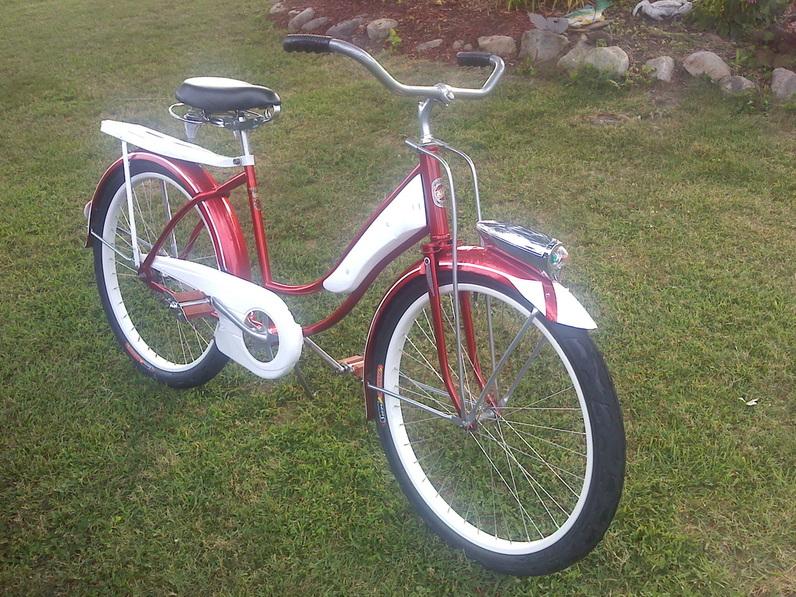 Old riders, old bikes.-214274.jpg
