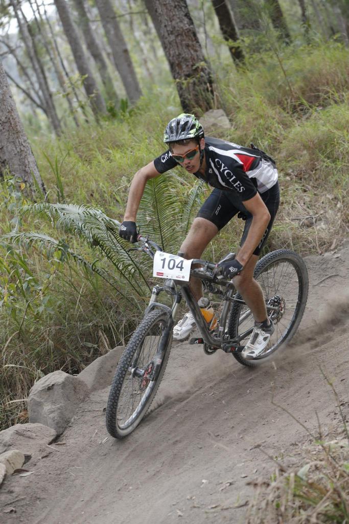 New race bike, need sizing help-218394_10151084638707834_469533884_o.jpg