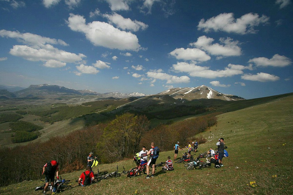 exotic and unlikely mountain bike destinations-225_lglava_hk.jpg