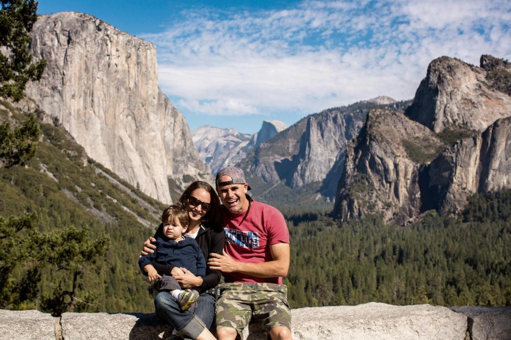 Yosemite in the winter-241564_10151055315921097_1572348023_o.jpg