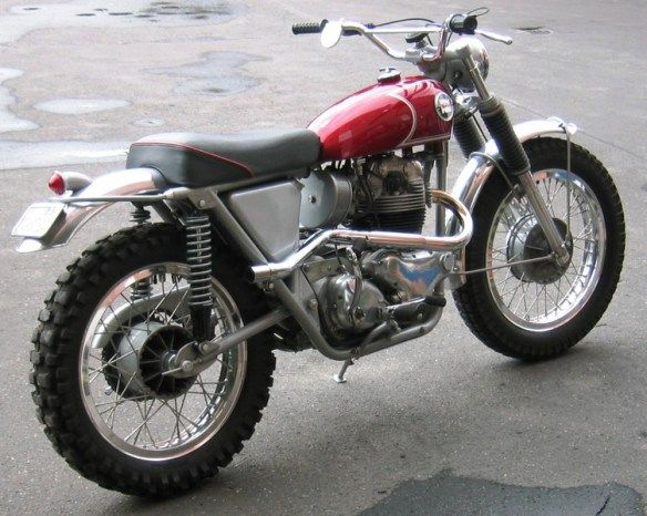 Wrenching on Motorbikes-252a47947464f459f89f3a002082a779.jpg