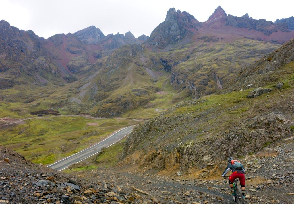 Biking in Peru-25abra-lares-descentstartdsc00782.jpg