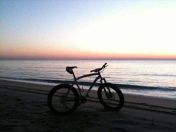 Beach/Sand riding picture thread.-26749_1252934764598_1266394893_30612259_7207165_n.jpg