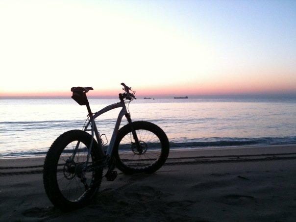 Beach/Sand riding picture thread.-26749_1253053407564_1266394893_30612574_5659188_n.jpg