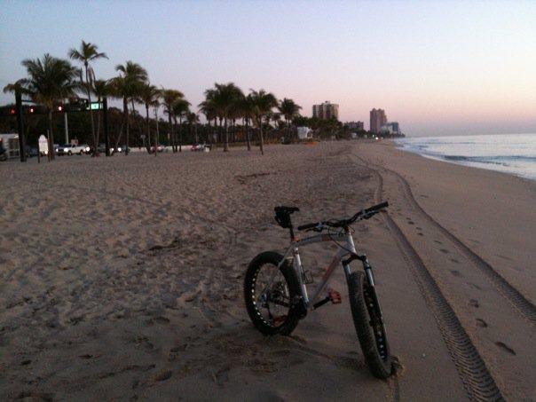 Beach/Sand riding picture thread.-26749_1253054247585_1266394893_30612575_8237929_n.jpg