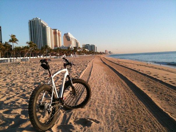Beach/Sand riding picture thread.-26749_1253057527667_1266394893_30612581_3187975_n.jpg