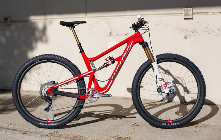 Santa Cruz Bicycle's graphic designer Campbell Steers drew inspiration from CalFire firefighting equipment as inspiration for the custom graphics and build spec for the pair of Santa Cruz Hightower LTs that donors to the Back On Trail campaign can win. The red version takes graphic cues from a fire truck, while the white version draws inspiration from a CalFire helicopter.