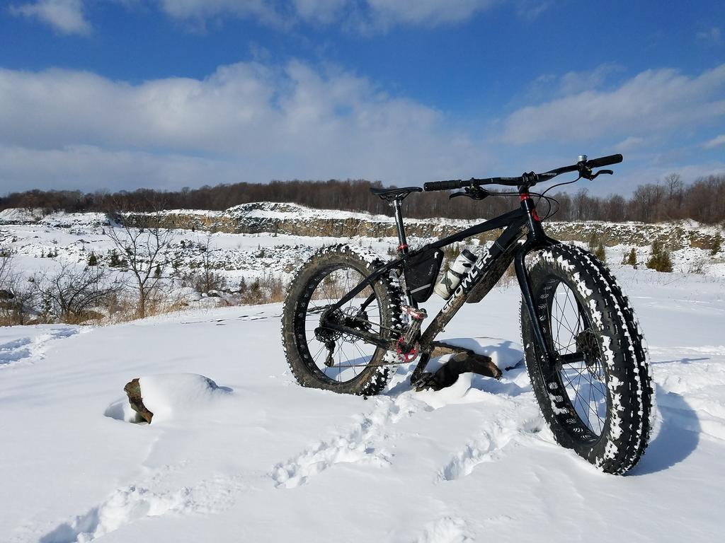 Who is riding Fat all year?  Rigid, Front or Full Suspension?-27788517_10155994063880502_2623783710785115759_o.jpg