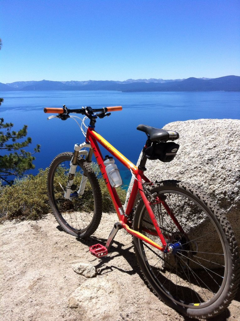 Show us a picture of your 26er MTB that you still use on the trails-278045_4275470535895_183922198_o.jpg