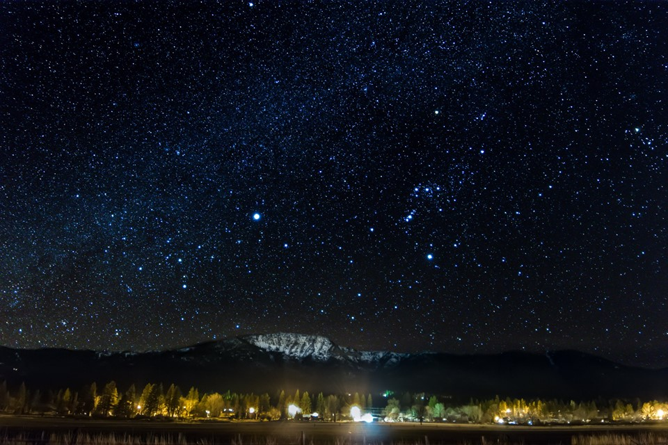 Night Photography - Post your shots!-27972515_10213721279017775_1449448557542119633_n.jpg