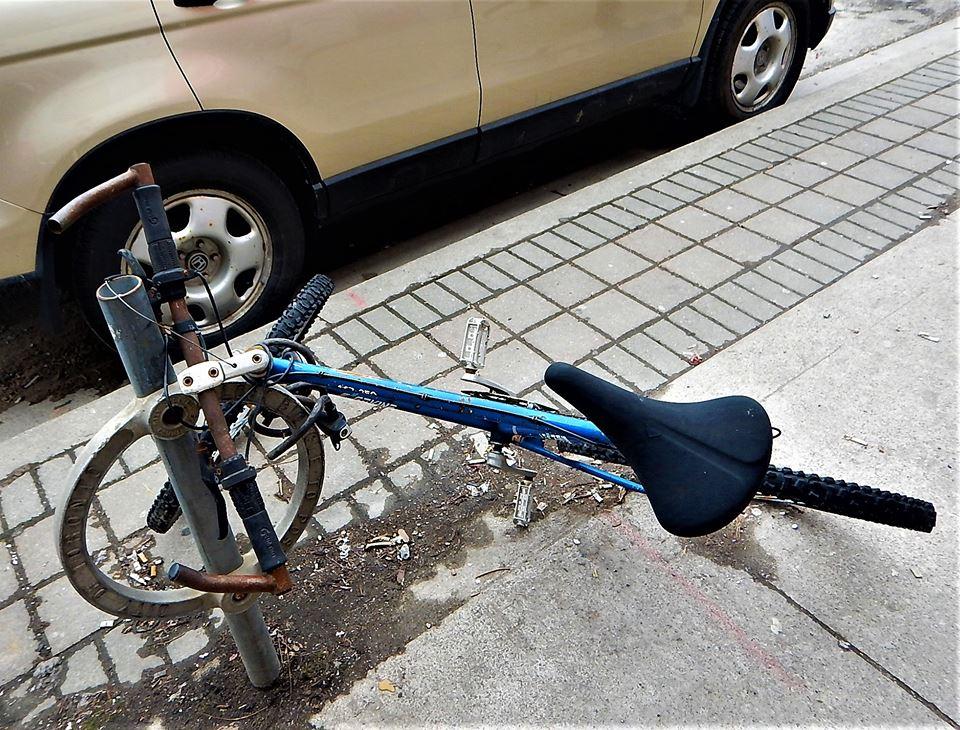 Sad Bikes-28468036_2067292633515177_1649140850813260407_n.jpg